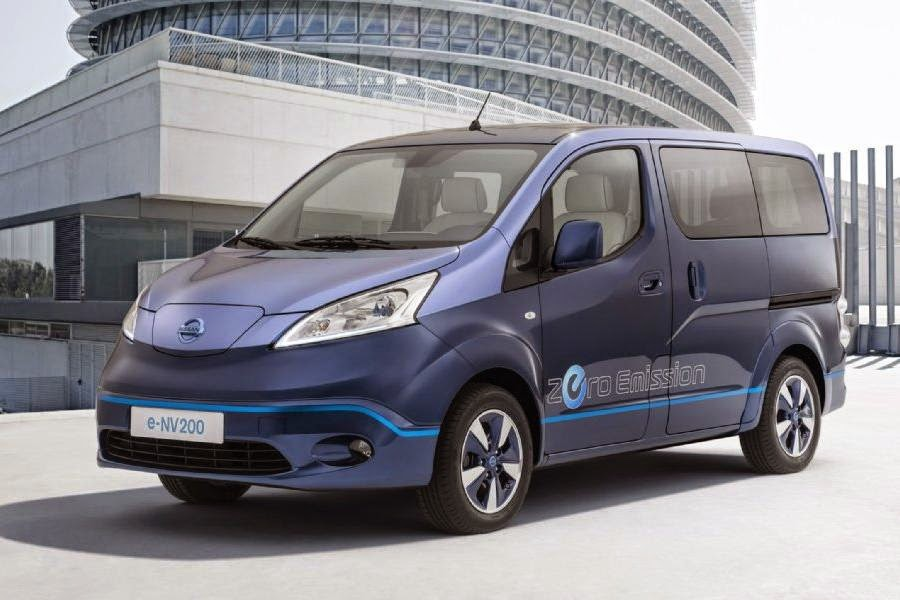 Nissan e-NV200 VIP Concept (2014) Front Side