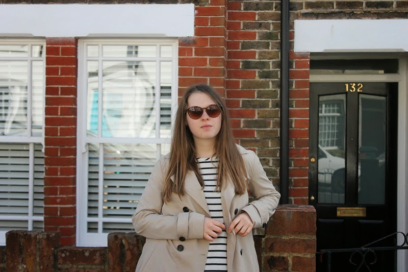 ootd, outfit, outfit of the day, blogger, fashion blogger, fblogger, fbloggers, bloggers, fashion, style, trend, trench coat, spring, stripes, striped, classic, classy, loafers, topshop, asos, vila, uk, brighotn, undersizedcloset, undersized closet, undersized closet blog, undersizedcloset blog, blog