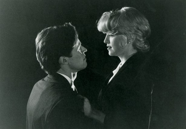 Madonna and Dafoe Body of Evidence 1993 movieloversreviews.blogspot.com