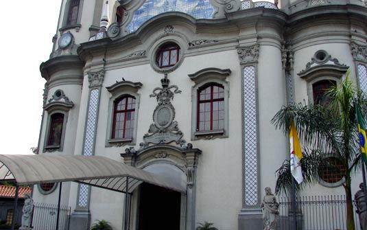 quanto custa casar no jardim aurelia:Saiba quanto custa casar em algumas das igrejas mais disputadas de SP