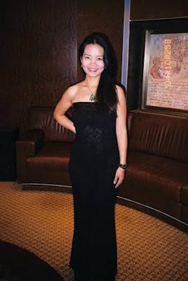 Vocalist Ariel Guan