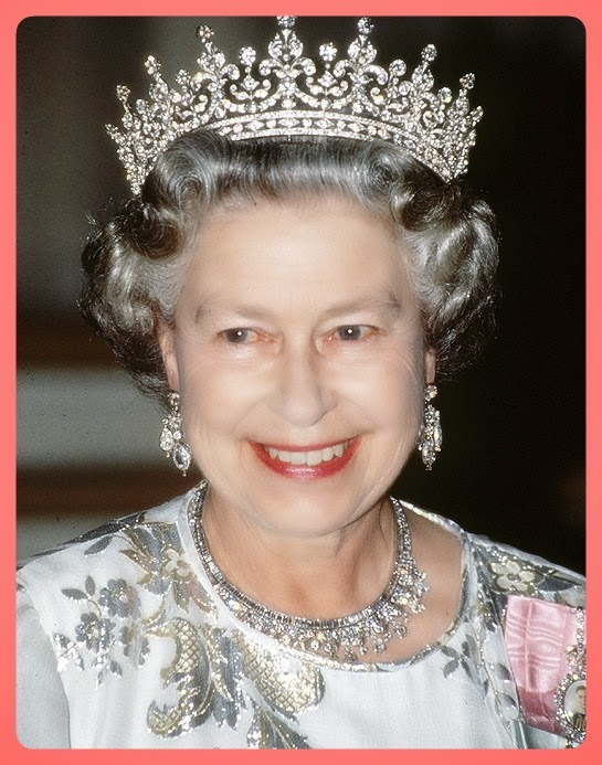 the duchess and the jeweller essay