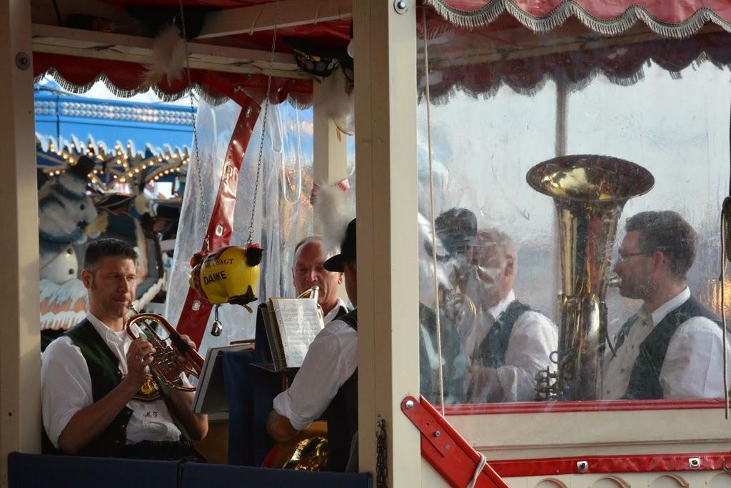 Oktoberfest Carnival 2014 Krinoline