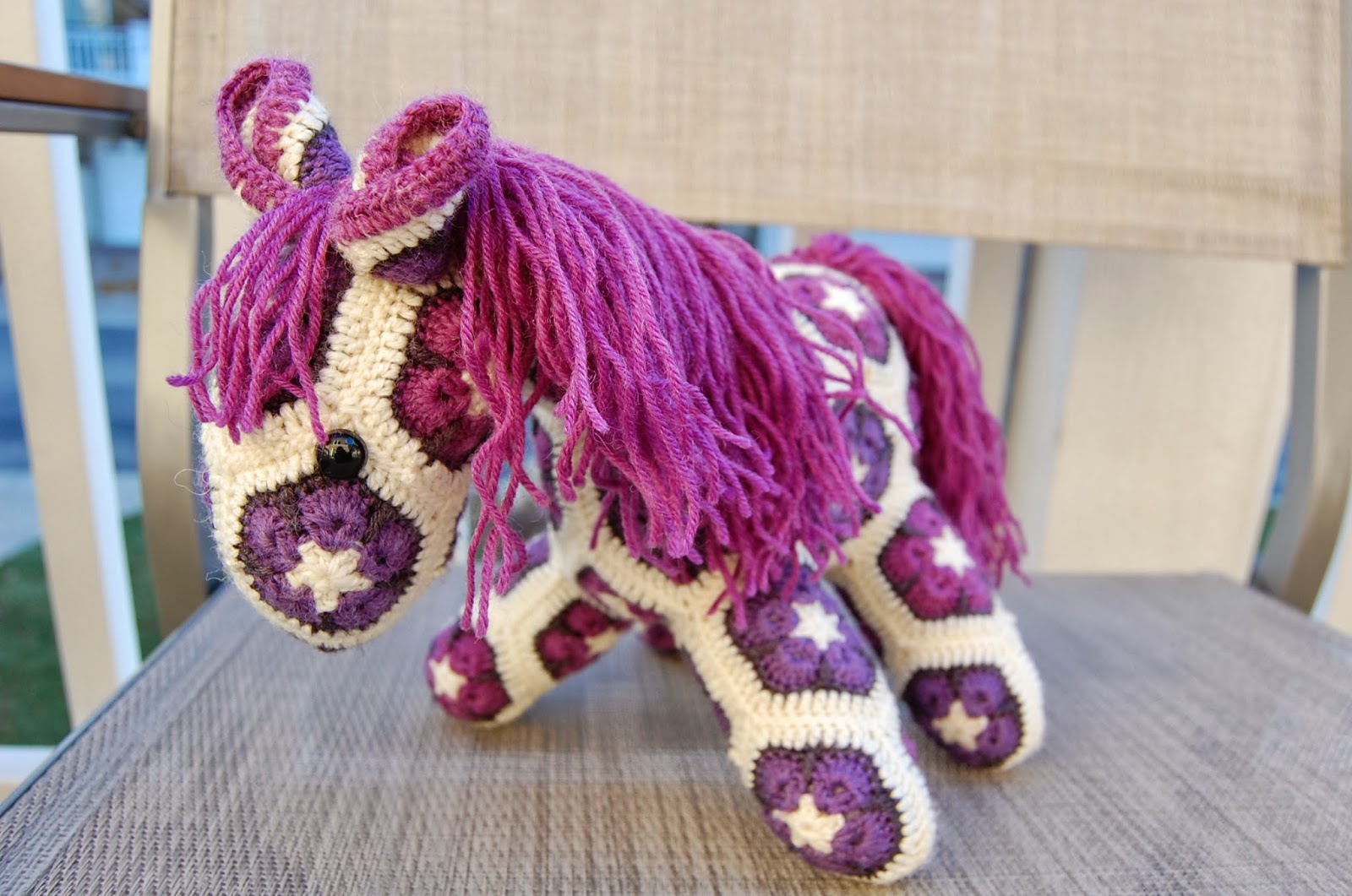 Roonie Ranching: Rose and Evelyns African Flower Ponies