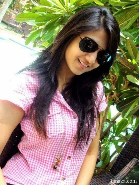 bangaldesh-sexy-photo-breaking-in-a-blonde-teen-virgin