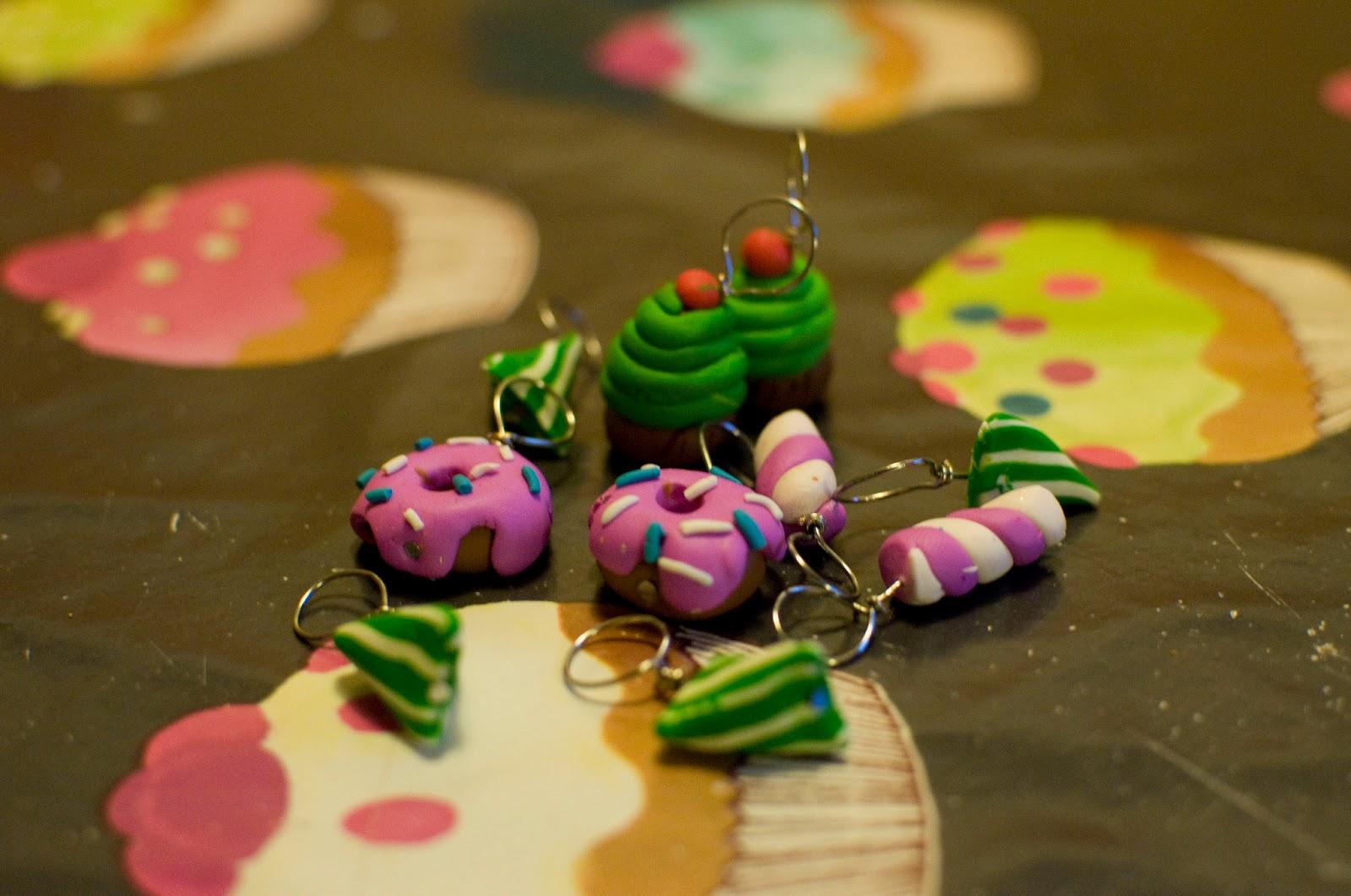 blog couture tricot mamzelle angele anneaux marqueurs. Black Bedroom Furniture Sets. Home Design Ideas
