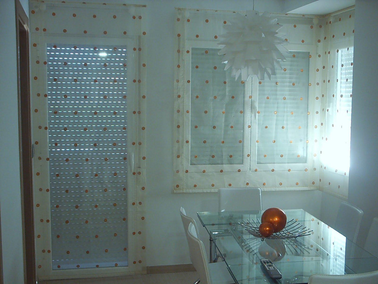 Cortinas muebles alvarez estores para una cocina con for Cortinas modernas para puertas de cocina