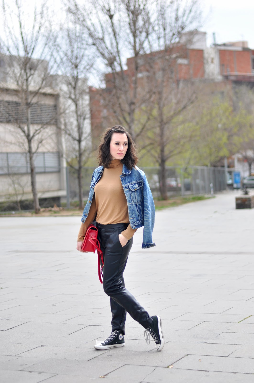leather pants streetstyle