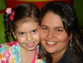 Mamãe Rogenya e sua filhota Olga Dias de Fortaleza.