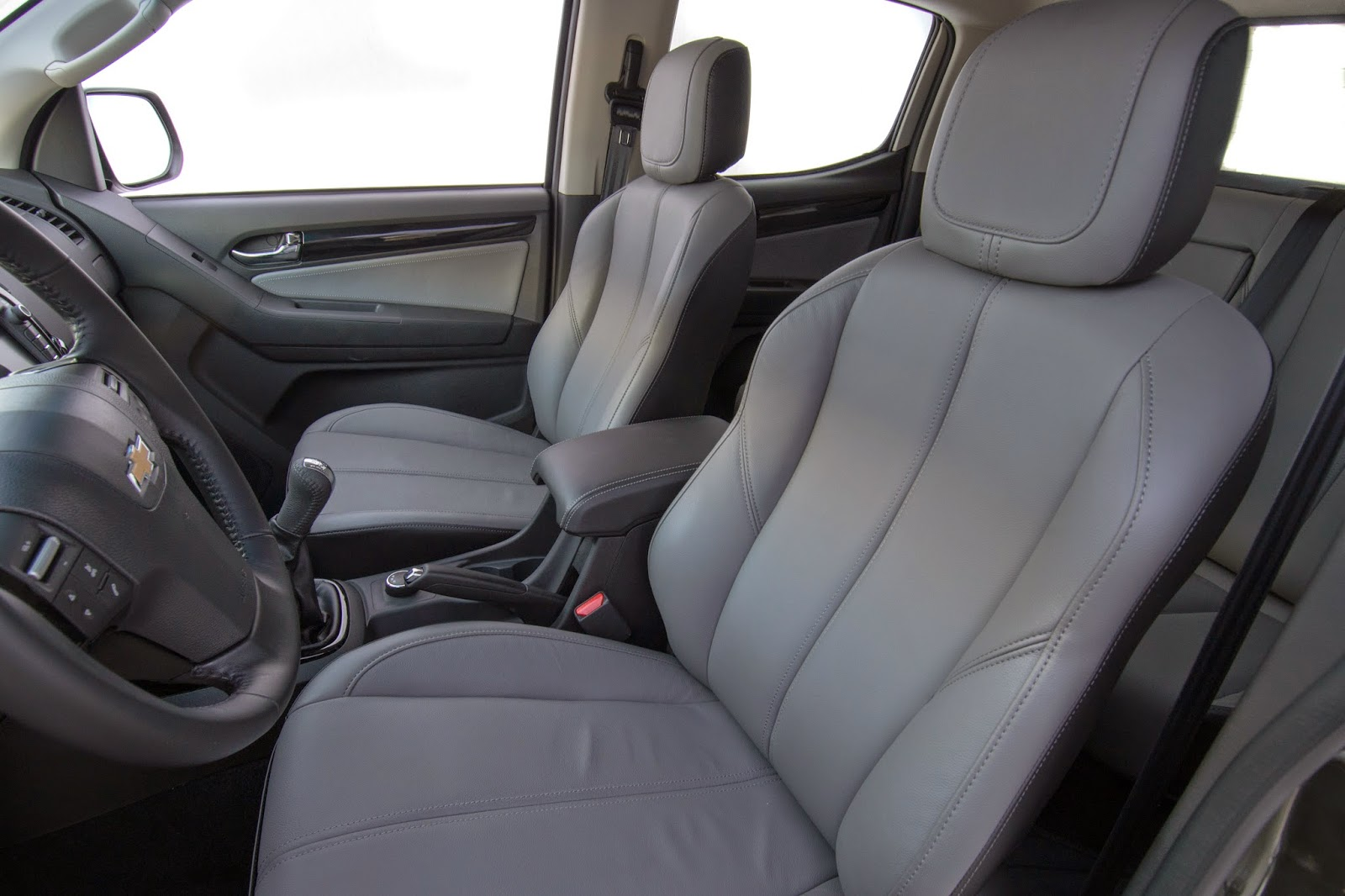 S10 2015 COM MOTOR 2.5 FLEX DE 206CV