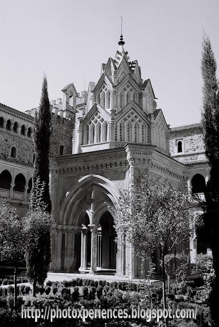 Magnífico templete del Real Monasterio de Santa María de Guadalupe - Magnificent temple of the Royal Monastery of Santa Maria de Guadalupe