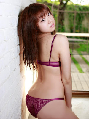 Japanese Idols Shizuka Nakamura