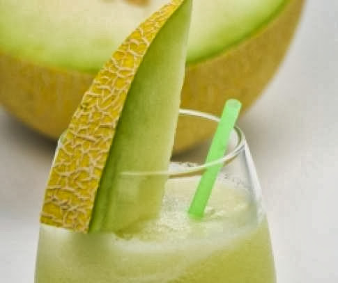 شمام ,عصير الشمام ,فاكهه الصيف ,http://www.sihati.com/2013/10/The-benefits-of-eating-cantaloupe.html