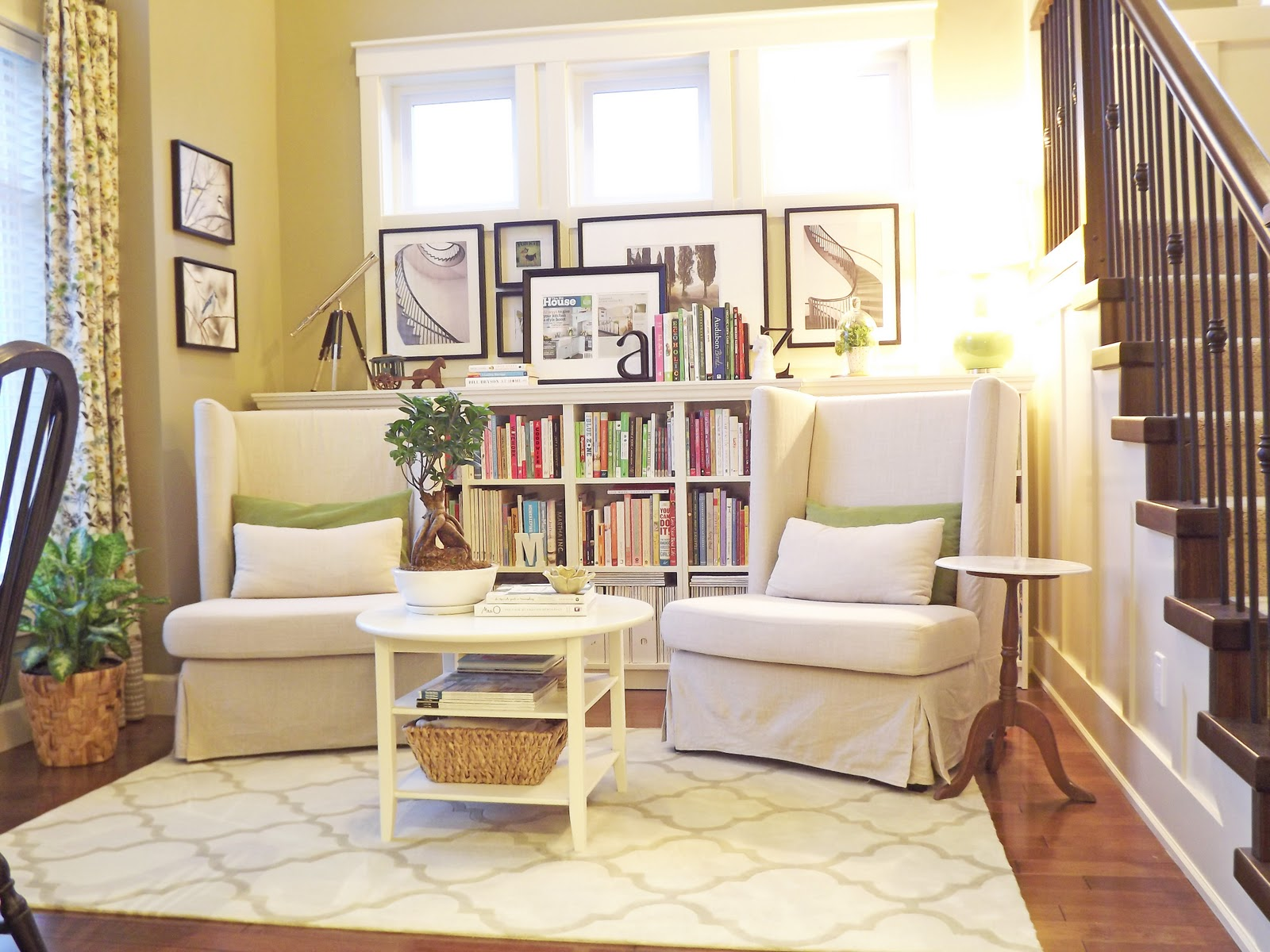 Best Nooks Reading Nooks And Day Bed On Pinterest 400 x 300