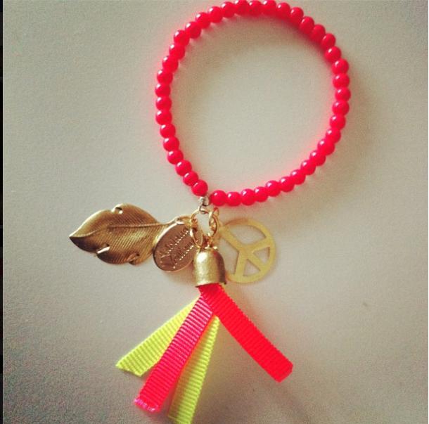 Life is love…accesorios de Adriana Vrillaud