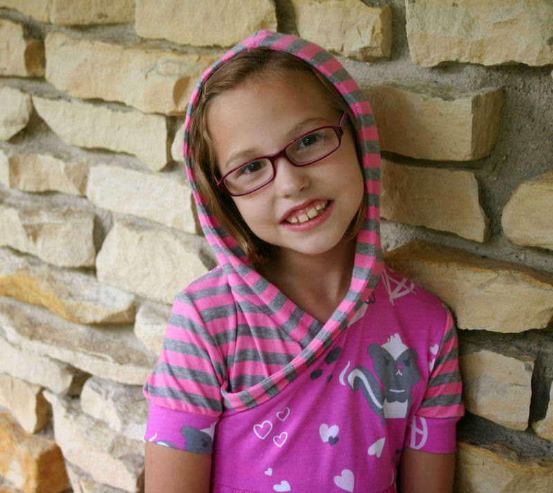 Sew Cool for the Tween Scene: Sewing for Mallory ... one mom's story
