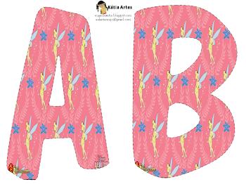 Alfabeto de Campanilla o Tinkerbell en fondo rosa.