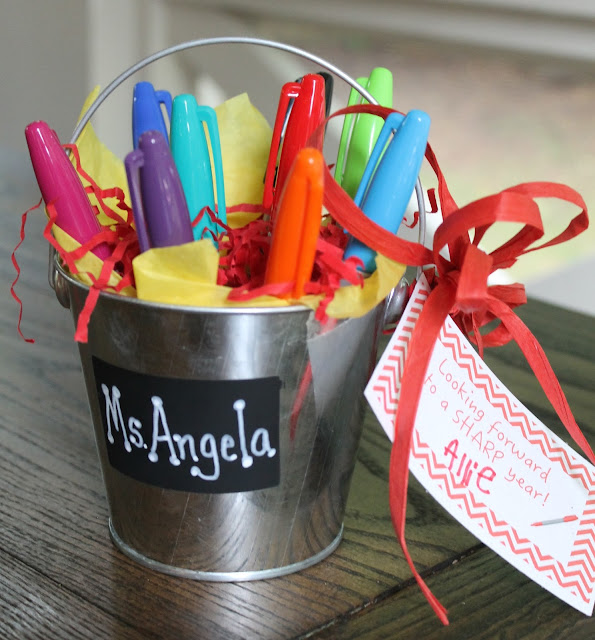 The Little Things: Back to School Teacher gift - Sharpie Bouquet