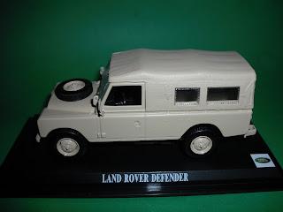Vendo Miniaturas Land Rover / RANGE ROVER Land+Rover+Serie+III+109+-+Creme