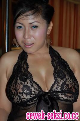 Posted in: Koleksi Cewek Igo , Tante Girang
