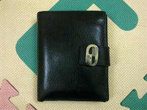 Gucci Black Leather Wallet(SOLD)