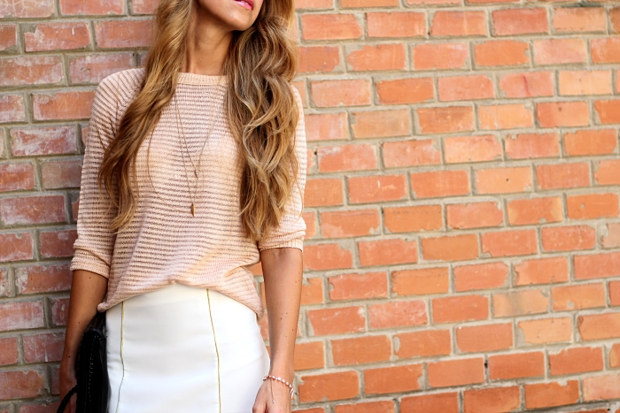 Mango pastel sweater, long hair, spike necklace, outfit, street style