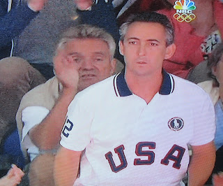 Jerk telling Aly Reisman's Dad to Sit Down at the Olympics