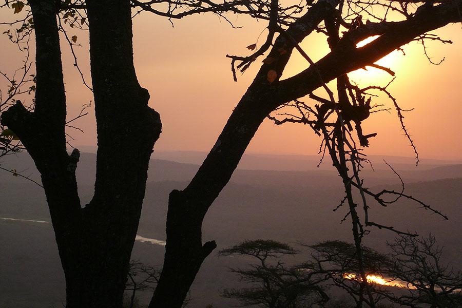 BLACK IMFOLOZI RIVER, HLUHLUWE-IMFOLOZI PARK (REPÚBLICA SUDAFRICANA)