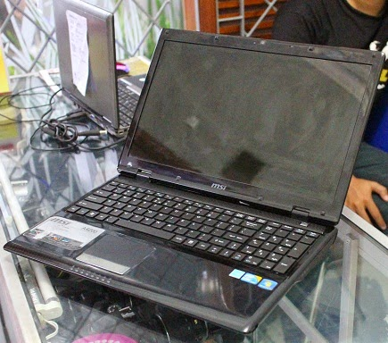 Laptop i5 msi