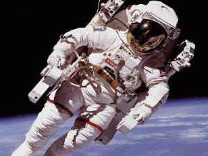 {focus_keyword} VIDEO: Astronot Pertama AS di Ruang Angkasa 103062 astronot di luar angkasa 300 225