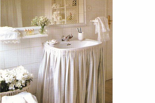 decorar mueble lavabo : decorar mueble lavabo:El Hogar, bricolgage y decoración: Lavabo con faldas como armario