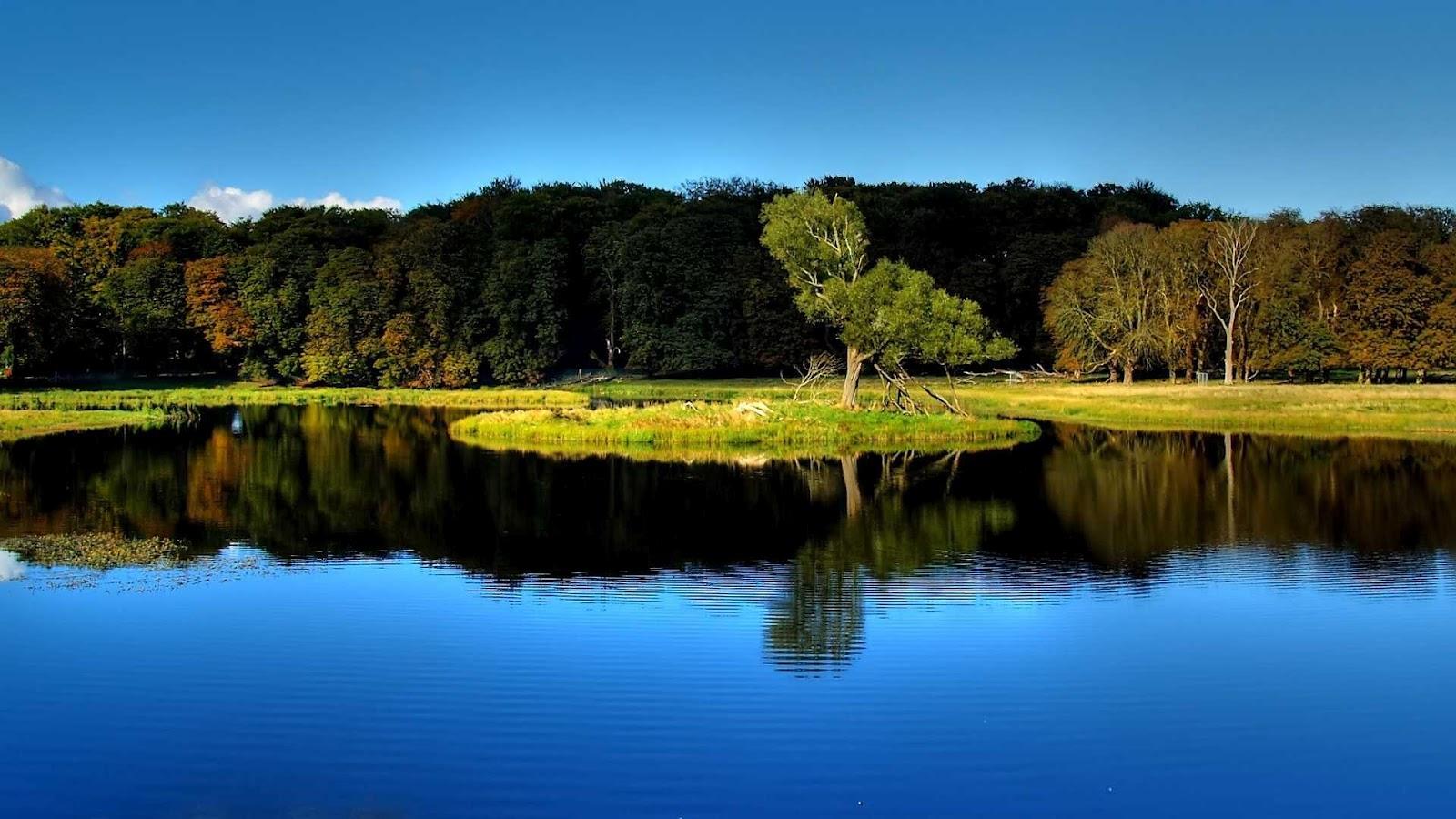 http://1.bp.blogspot.com/-UICBVrFawQQ/UDmsCKKilFI/AAAAAAAAIho/jhS_--1VMnE/s1600/landscapes-full-hd-1080p-set-11.jpg