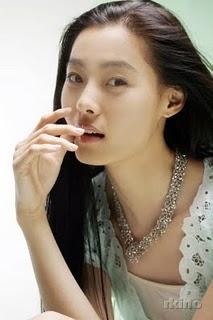Profil Lengkap Yoon So-Yi
