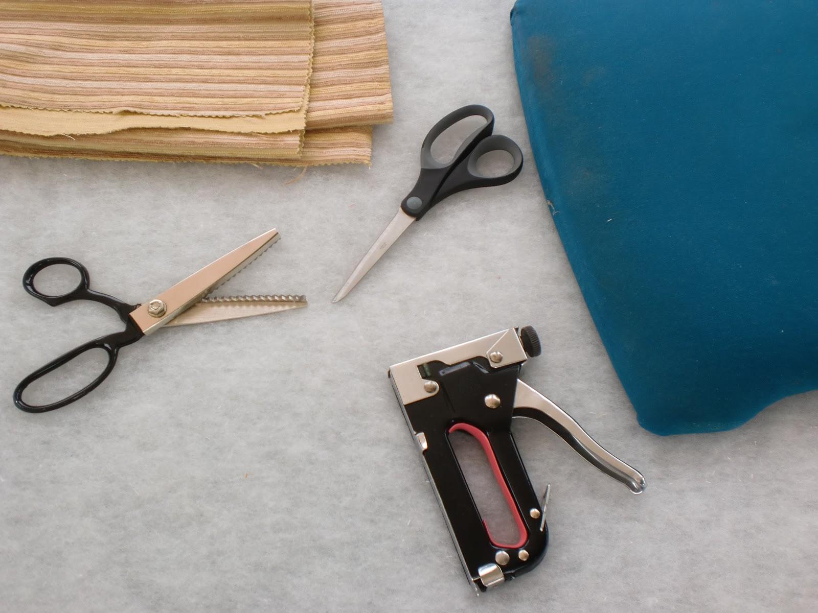 Cambiar la tapicer a de las silla bricolaje - Telas tapiceria sillas ...