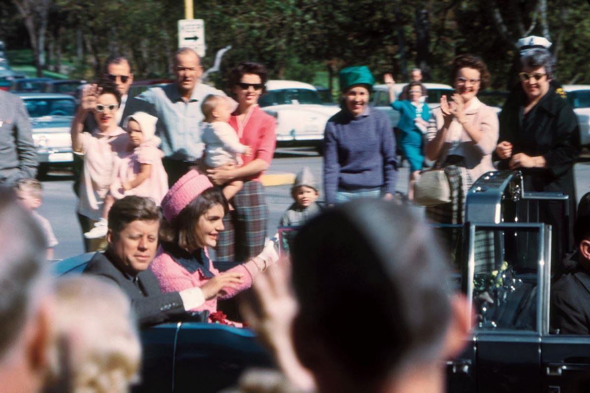 JFK-Dallas-Motorcade-11-22-63--003.jpg