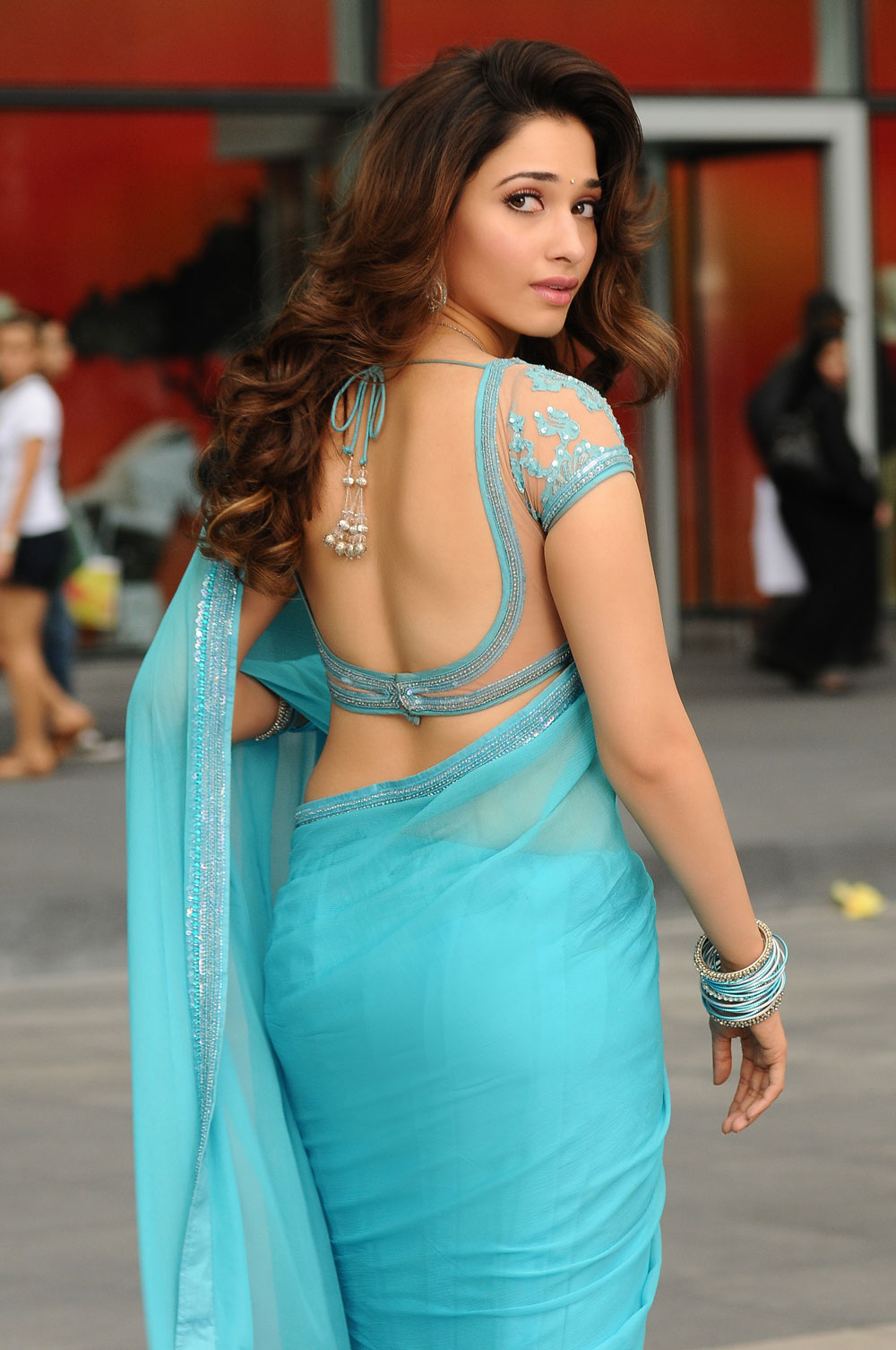 tamanna saree backless blouse