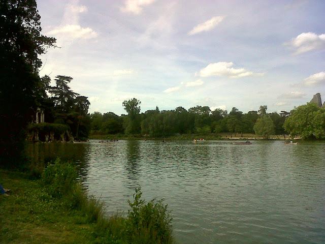 Esther à Paris Bois de Vincennes