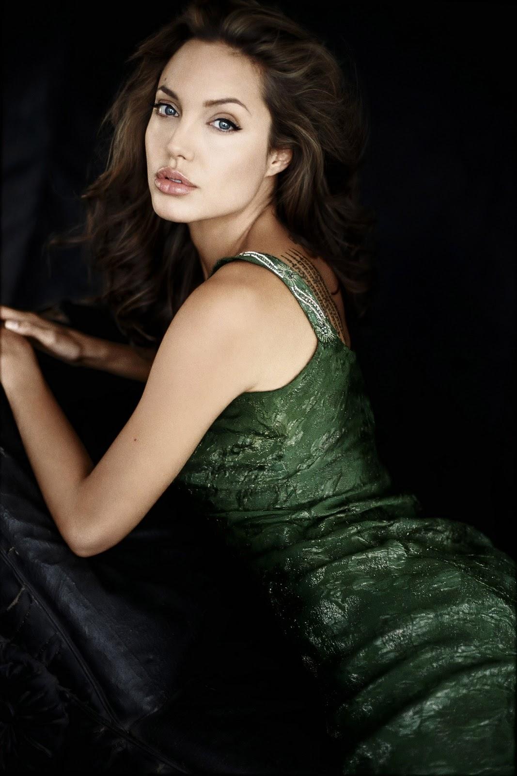Lainnya Dari Angelina Jolie Wallpaper