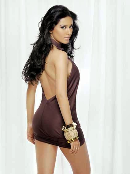 amrita-rao-showing-off-her-ass