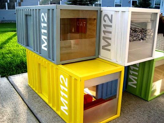 une maison de poupes lchelle 112 mais compose de mini containers en effet il existe actuellement un courant en architecture contemporaine qui - Maison Moderne Playmobil Klerelo