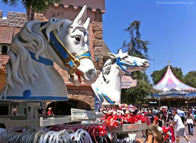 Disneyland Horse heads gift cart carousel Fantasyland