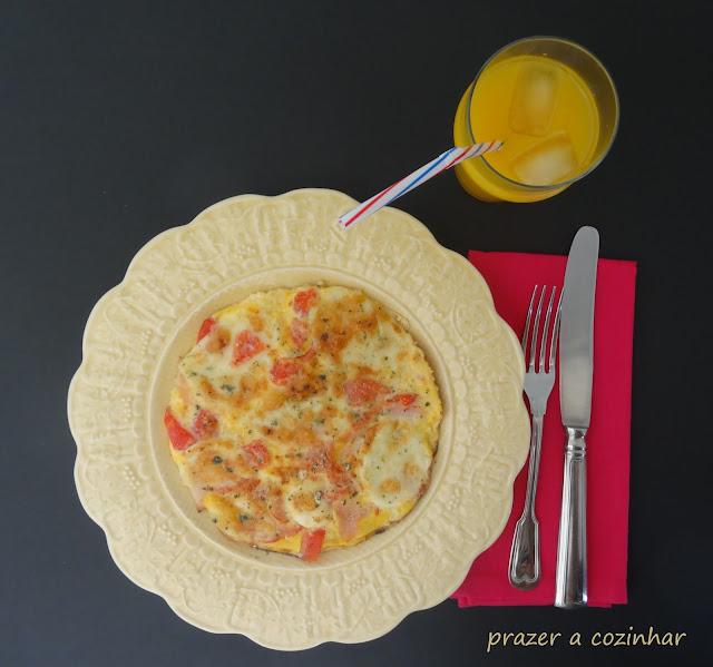 prazer a cozinhar - Frittata de paio, tomate e mozzarella