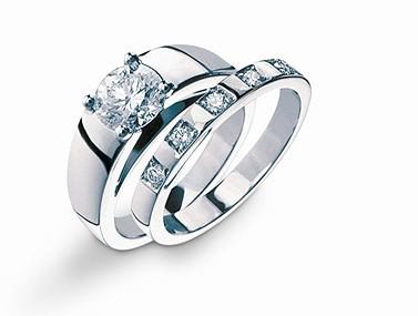 Bvlgari The Marry Me Platinum Gold Diamond Engagement Ring
