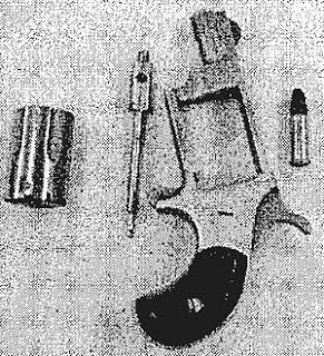 WOMAN HIDES GUN IN HER VAGINA