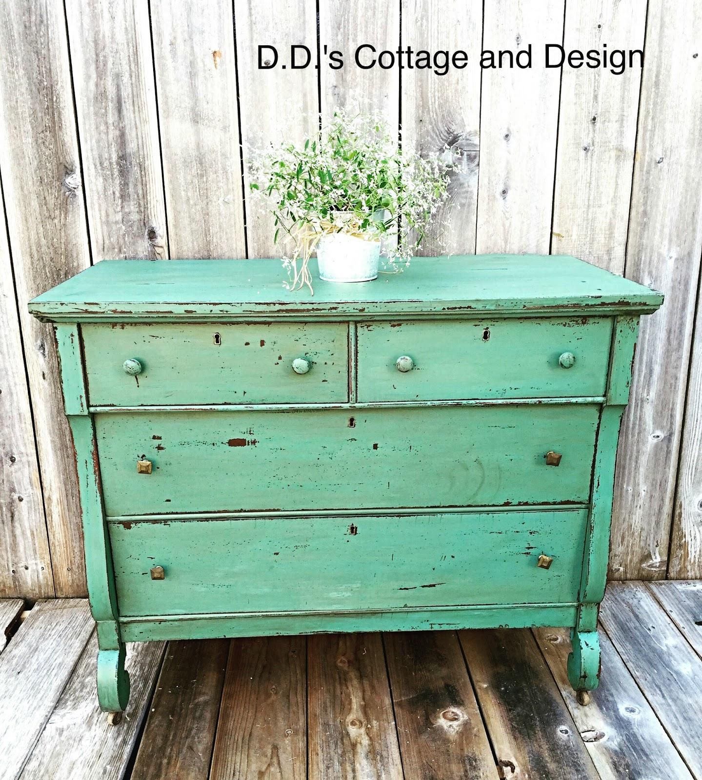 D.D.\'s Cottage and Design: Kitchen Scale Milk Paint Dresser