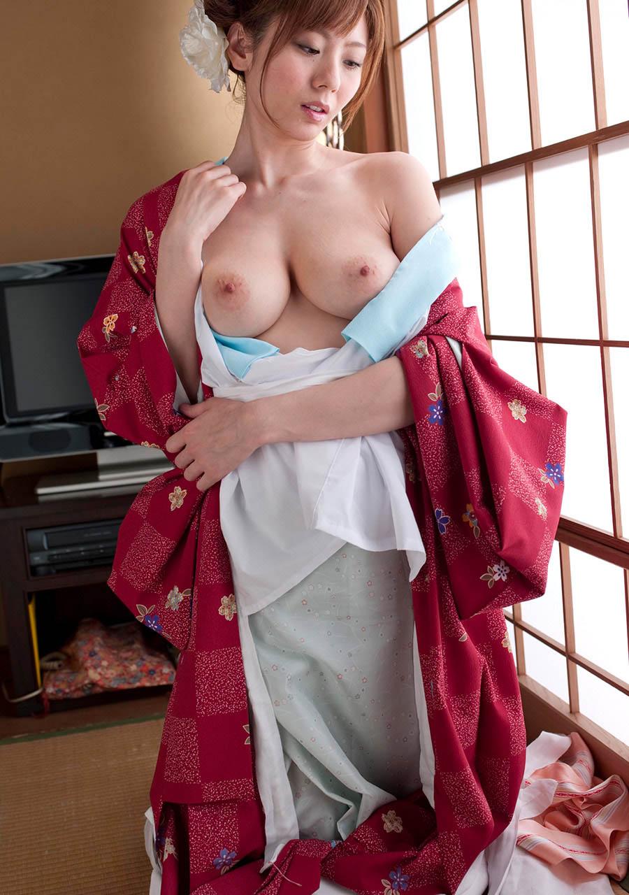 yuma asami hot naked pics 01