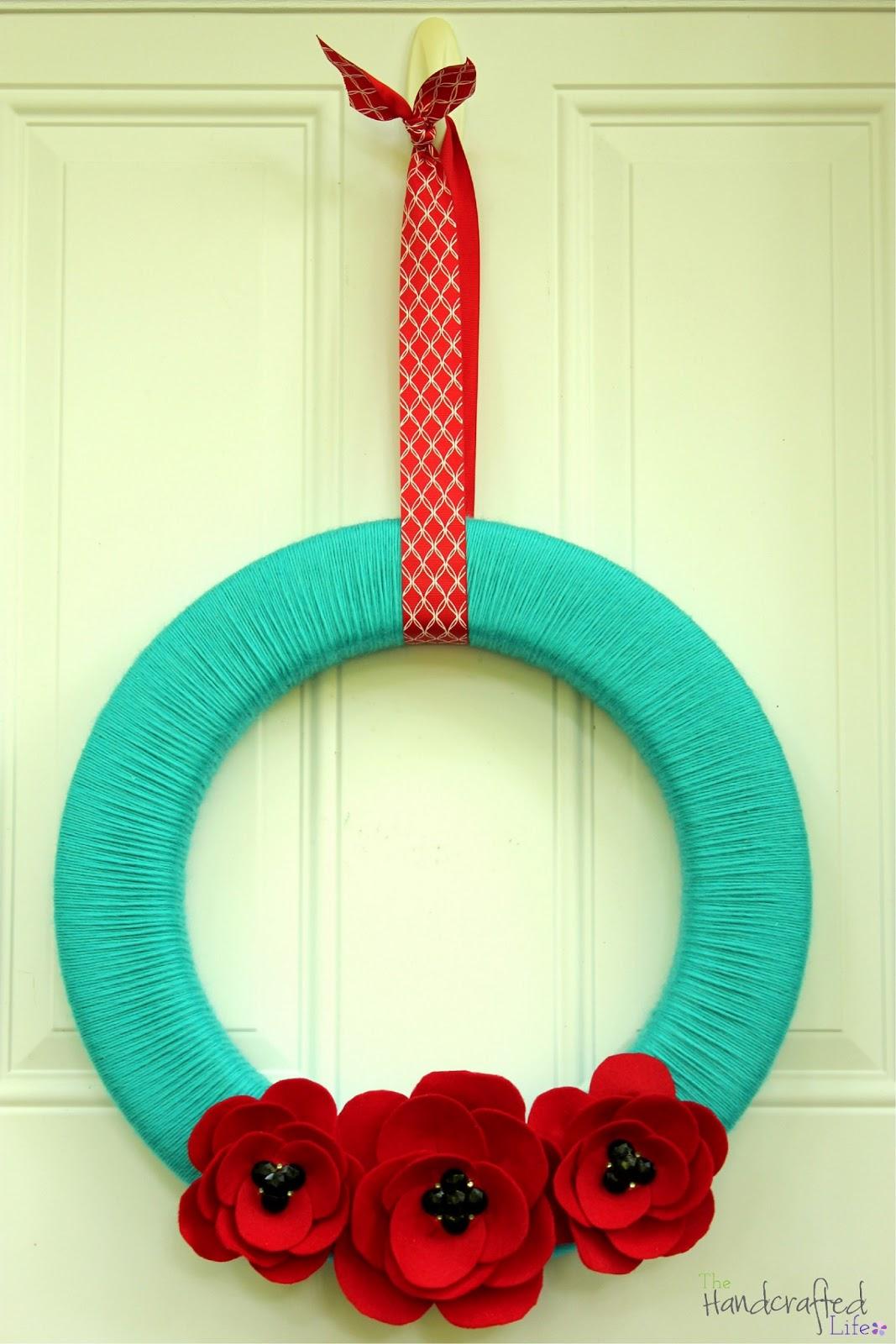 *The Handcrafted Life*: Summery Felt Poppy Yarn Wreath