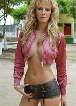 d8466e9_elitefamosas_3+-+Paula+Vazquez+desnuda+caliente+sexy+topless+cumshot Paula Vazquez publica su teléfono por error en twitter