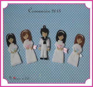 muñeca-muñecas-muñeco-fieltro-comunion-regalo-collar-llavero