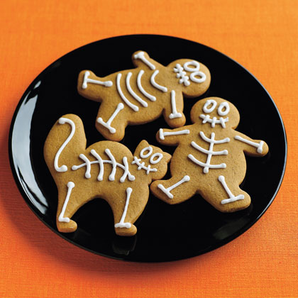 gingerbread men for halloween also from family fun - Halloween Gingerbread Cookies